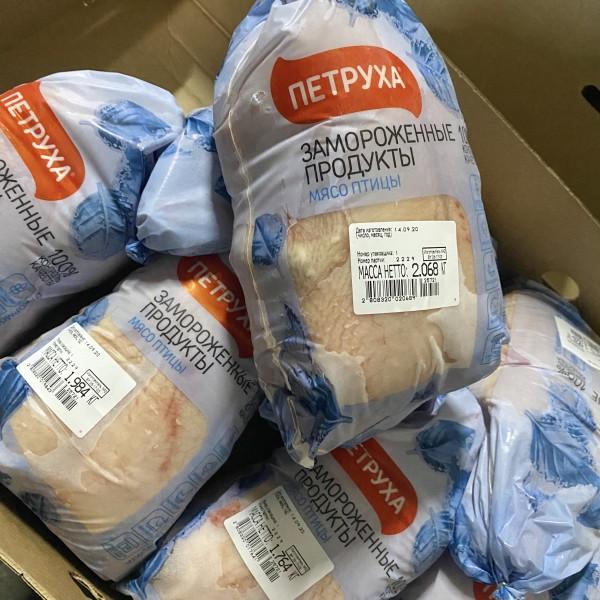 Мясо птицы. Тушка цыпленка-бройлера потрошеная 1 -го сорта, пакет, гофроящик (РФ) (Зам)